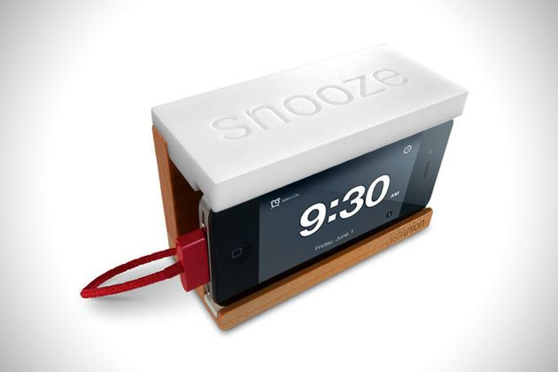 Snooze Alarm Dock for Apple iPhone | HiConsumption