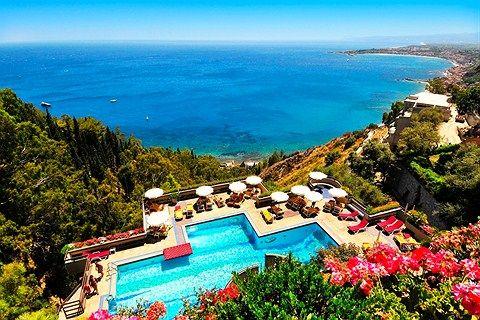 Uskomaton paikka - Taormina, Sisilia #Finnmatkat