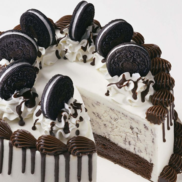 This Oreo ice cream cake recipe will be a hit for kids and adults alike.. Oreo Ice Cream Cake Recipe from Grandmothers Kitchen.