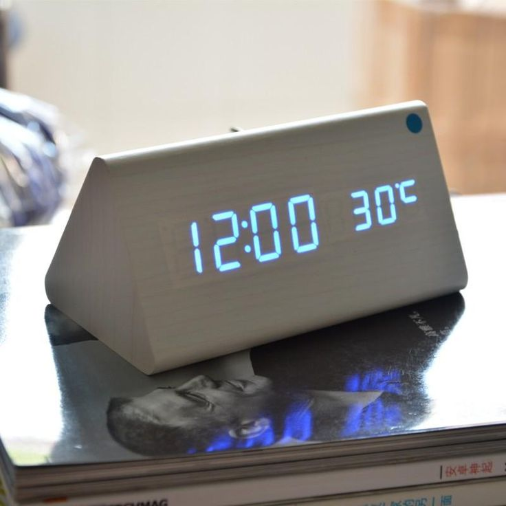 Wooden Digital LED Alarm Clock, Sound Control Desktop Clocks with Temperature,Electronic Display Home Decor