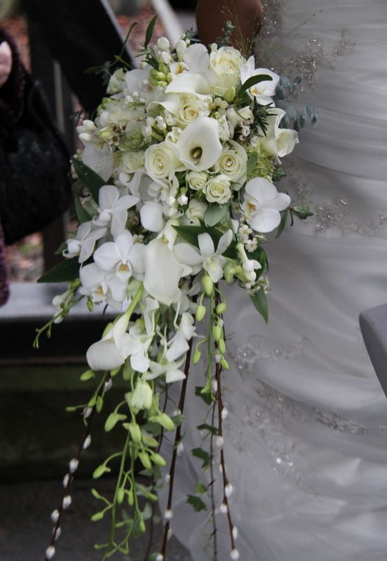 Bridal Bouquet In Mumbai : Images about cascading wedding bouquets on