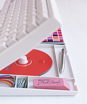 The Home Office * Stash office supplies in decorative stationery boxes or filing containers on your desk.  * Take down calendars and notes from bulletin boards and file them in folders. Or align them so that the tops are all in horizontal lines.   * Rearrange crooked books so that all spines are facing the same direction   * Stow the keyboard and the mouse in a drawer so only the computer monitor tops the desk.  * Temporarily hide Post-it notes and to-do lists underneath the keyboard.
