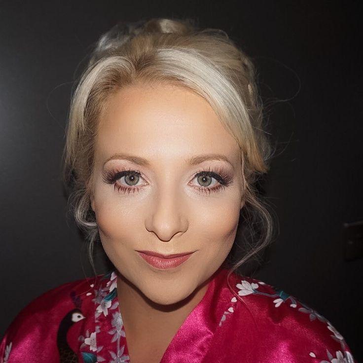 Cara you beaut  #highlight #contour #mua #lashes #weddingmakeup #weddingmakeupartist #bride #bridal #bridalmakeup #bridalmakeupartist #makeup #mua #makeupartist #makeuplover #makeupaddict #makeupjunkie #mac #makeover