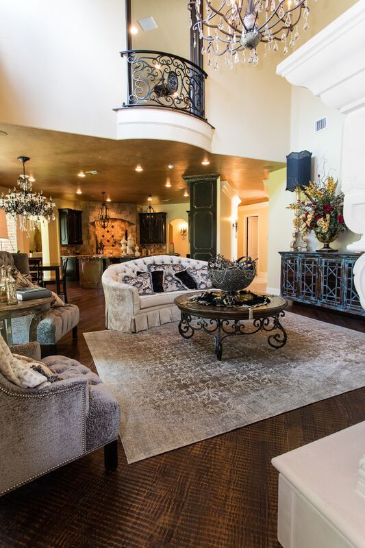 I think the little balcony is such a neat feature of this home. #DonnaMossDesigns #DonnaDecoratesDallas #InteriorDesign #LivingRoom