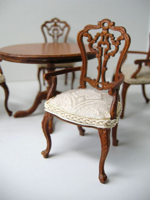Upholstered dining chair dollhouses miniatures 2 pinterest dollhouse miniatures - Dollhouse dining room furniture ...