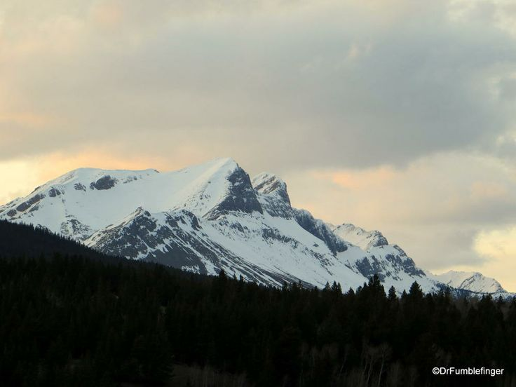 Sunset over Crowsnest Mountain, Crowsnest Pass, Alberta | TravelGumbo