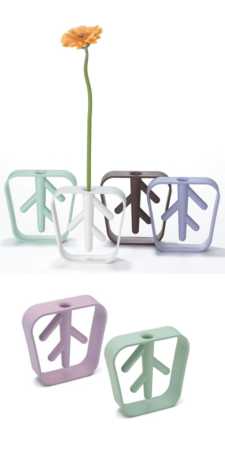 Roots vase - made from plastic that looks and feels like ceramic #product_design #industrial_design