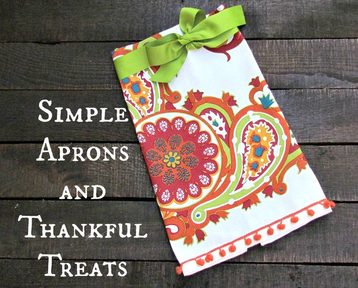 simple aprons: Bright Kitchens, Christmas Cards, Treats, The Holidays, Kitchens Towels, Simple Aprons, Gifts Ideas, Cute Ideas, Uncommon Design
