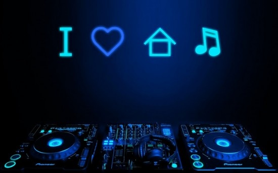 Want to get into the house music ecosystem? Know about which song to try out : http://thekoushiksaha.blogspot.com/2014/01/in-house-music-i-trust.html