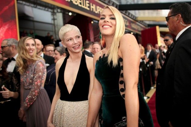 Michelle Williams and Busy Philipps at the 2017 Oscars