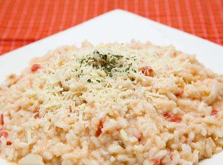 Risoto de Bacalhau - Veja mais em: http://www.cybercook.com.br/risoto-de-bacalhau.html?codigo=11483