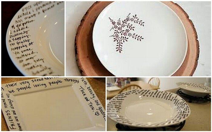 en platos de porcela, dibujar con un rotulador indeleble. Hornear 30 min y listo