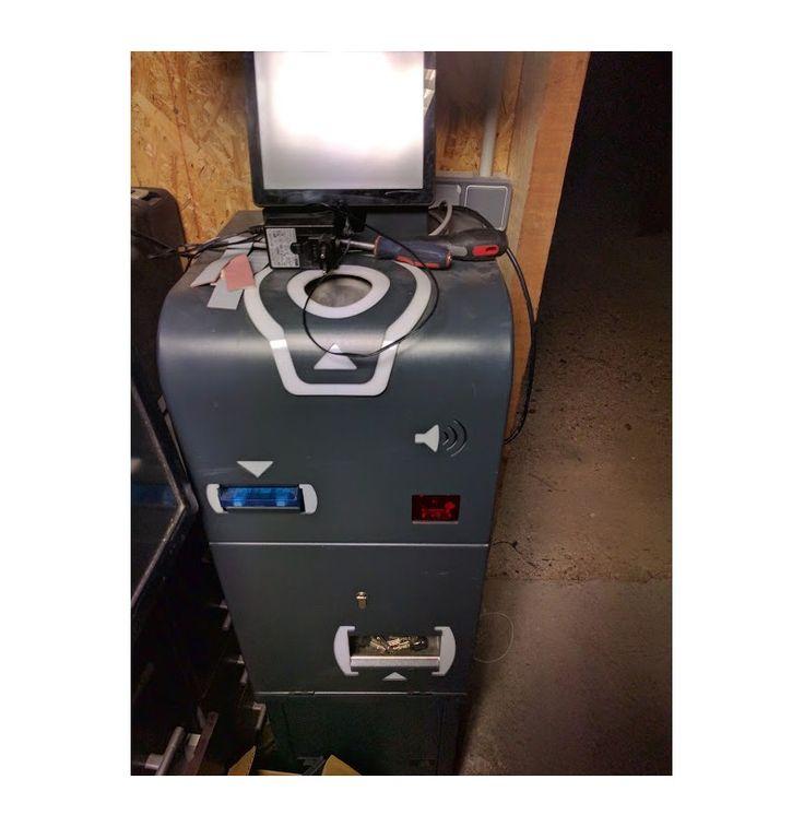 #CaisseAutomatique #Toshiba Tec Système Encaissement automatisé avec #Monnayeur et #EcranTactile Idéal #boulangerie ou petite #épicerie . 3600,00€ TTC
