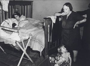 Redfern interior, 1949