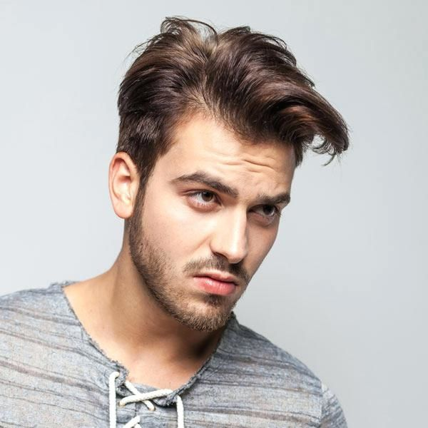 Frisuren Mit Geheimratsecken Fur Manner Haarschnitt Haaransatz Verdecken Combover Fad Frisur Geheimratsecken Haarschnitt Manner Frisuren Manner Geheimratsecken