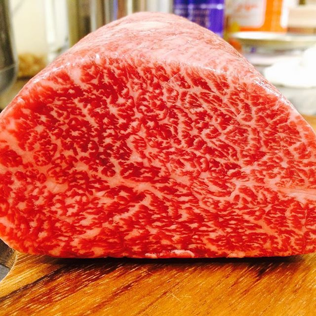 盛岡牛のフィレ!ではなくウデ!のクリ‼️ ステーキで‼️おすすめ‼️ #restaurant  #beef  #steak  #もりおか #盛岡 #A5 #肉 #最高 #wine