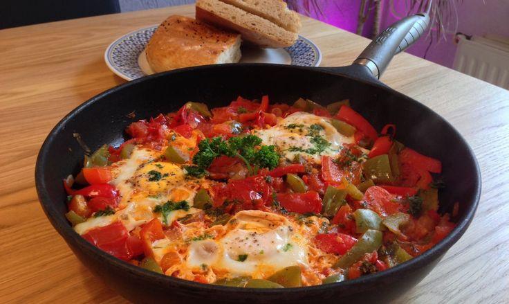 Chakchouka, heerlijk groentegerecht uit de Mediterrane keuken | Wessalicious