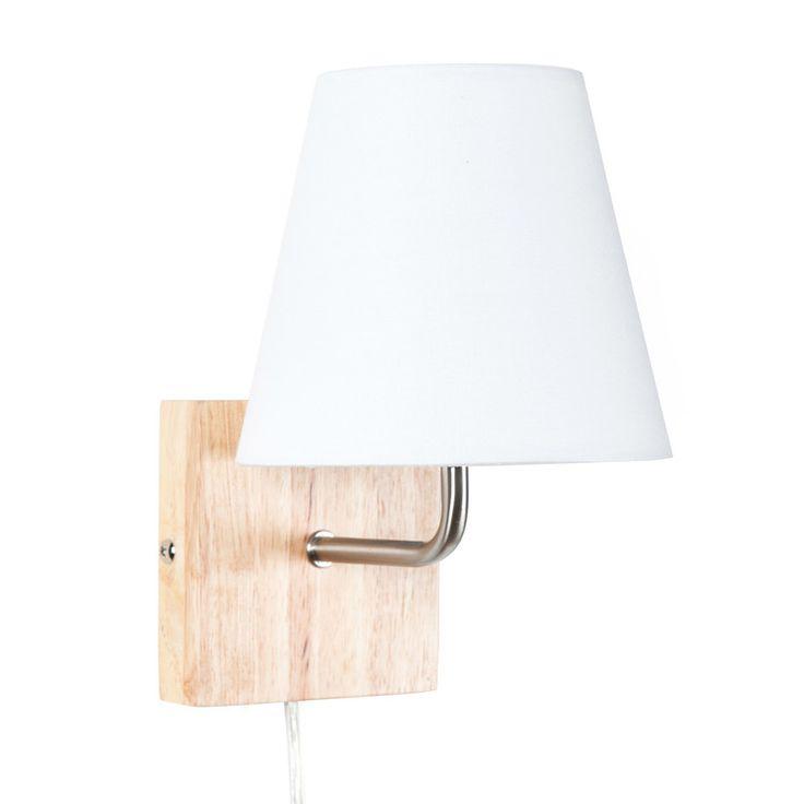 Caractéristiques techniques Applique montante Hedda Matières : Pied carré en bois clair Tige en métal Abat jour conique en tissu Dimensions : Hauteur de 21cm Diamètre de...
