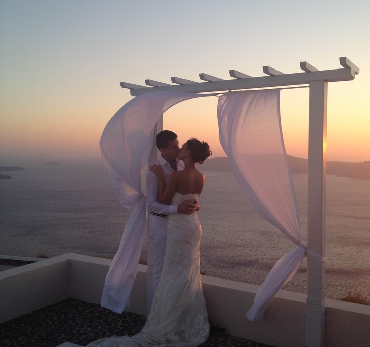 wedding location santorini