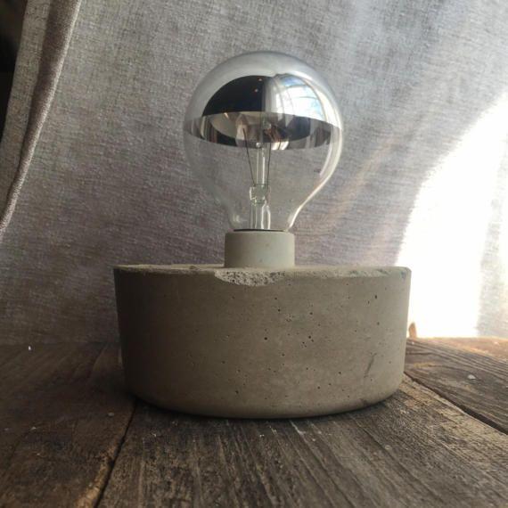 Lampada di calcestruzzo