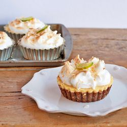 Mini Key Lime Pies with coconut graham cracker crust. Plus recipes for ...