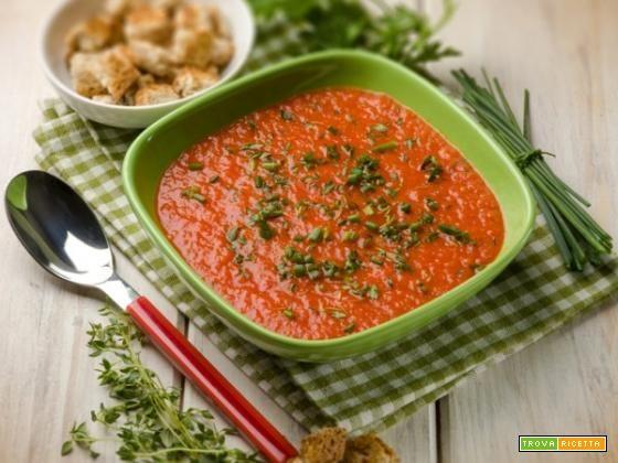 Crema di peperoni alle erbe: la vellutata ideale per la stagione più calda #ricette #food #recipes