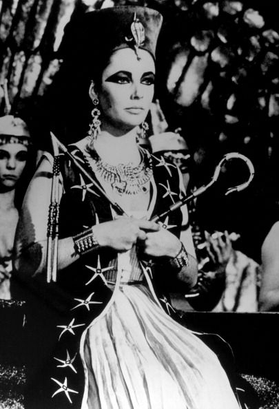 Elizabeth Taylor  As Cleopatra Pictures and Photos   Getty Images