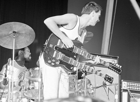 At Summerfest in 1972, the Mahavishnu Orchestra with John McLaughlin in charge put on a wonderful show. Description from richzimmermann.com. I searched for this on bing.com/images