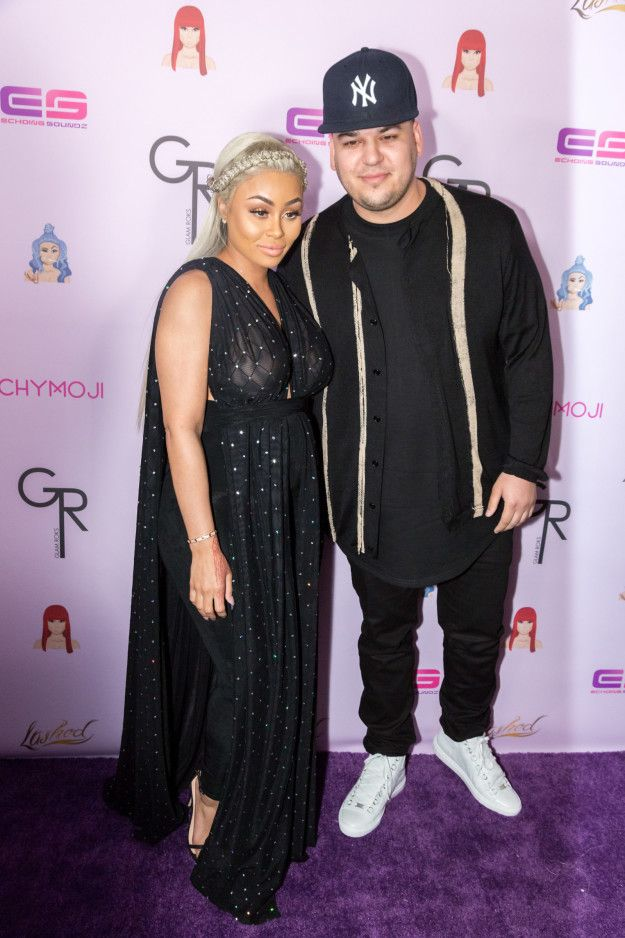 Rob Kardashian Unfollowed And Deleted Everything Blac Chyna From His Instagram