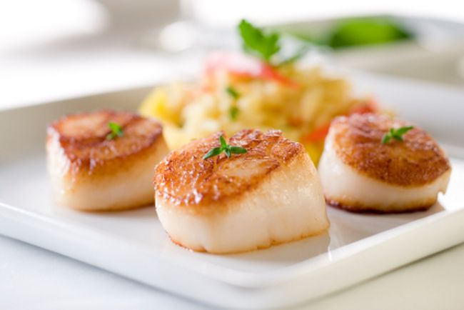 Sautéed scallops  A fancy entreé to serve on special occasions.