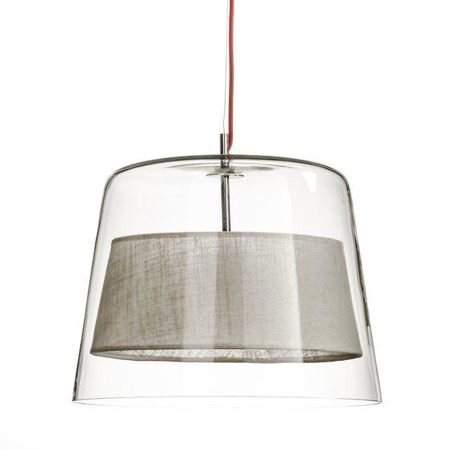 Hanglamp Duo. Ontworpen door de designer Emmanuel Gallina, in exclusiviteit voor AM.PM, hanglamp in transparant glas met lampenkap in stof. Emmanuel Gallina is een designer. Elegantie en eenvoudigheid zijn zijn sleutelwoorden.Eigenschappen : - In transparant glas- Lampenkap in stof- Support in gechroomd metaal.- Elektrische kabel bekleed met rode stof.- Fitting E27.Afmetingen :- Ø onderaan 40, Ø bovenaan 30 x H47,5 cm.