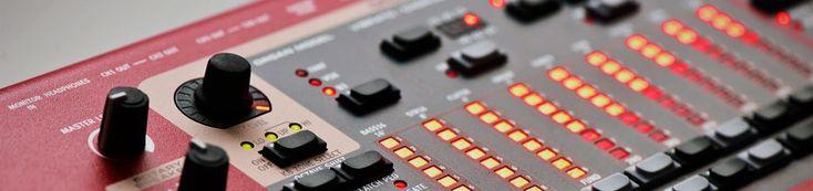 Nord Stage 2 Memperkenalkan produk unggulan terbaru kami, Nord Stage 2 dengan Nord Sample Library-kompatibilitas, B3 dan transistor organ engine dari C2, MIDI melalui USB dan banyak memori untuk sound favorit anda.
