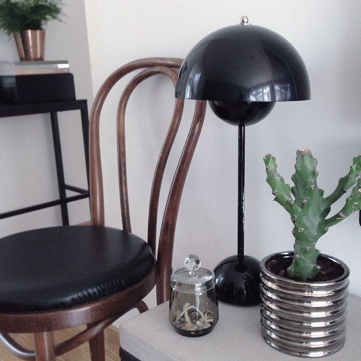 My Home✖️ Susanna Säfsund, Stockholm.  Interiorstyling. Verner Panton/Flowerpot/Öglanchair/Cactus/Black and White/Wood