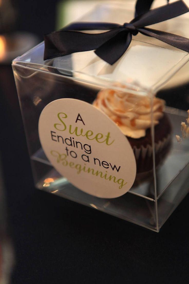 Lovely & Lavish Events MTL- Cupcake wedding favor