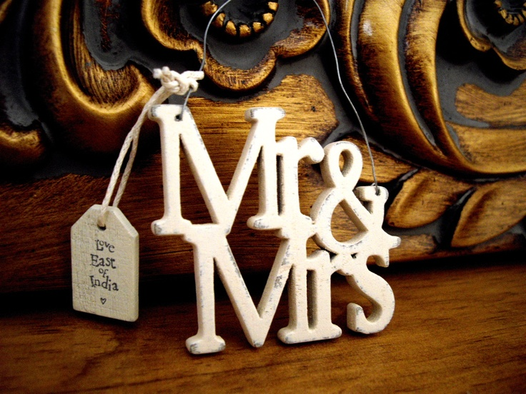 Mr & Mrs Hanger - perfect hung on that bottle of Champers x
