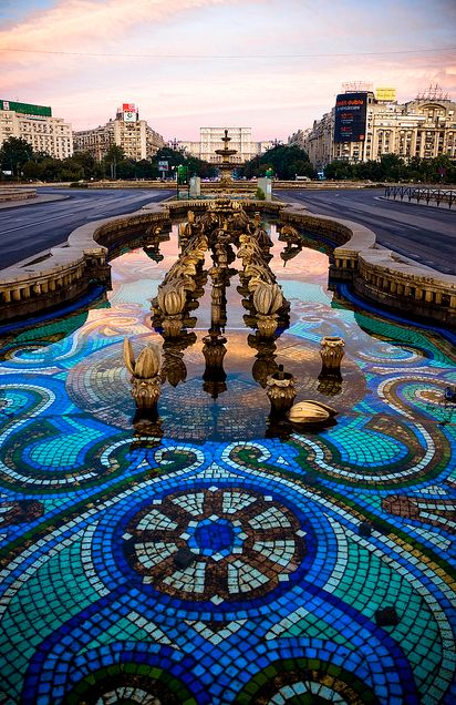 The main fountain in the center of Piata Unirii, Bucharest
