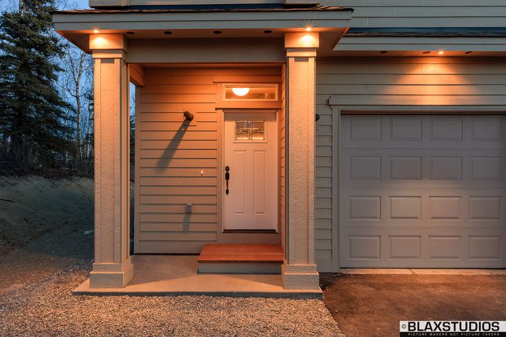 Custom columns and ambient outdoor lighting. | Sheremet ...