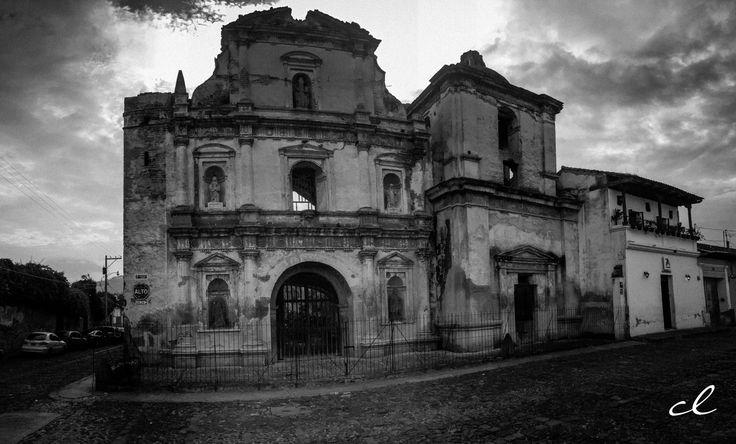 Iglesia de San Agustin  #AntiguaGuatemala #picoftheday #ilovetravel #iphonography #guatevision_tv #Vitanat #instaguate #natgeotravel #soy502 #retoinstagrampl #milugarfavoritopl #somosdeguate #bancoindustrial