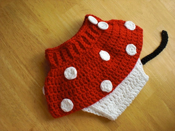 Free Crochet Pattern Minnie Mouse Diaper Cover : Minnie Mouse Diaper Cover Crochet - Mickey And Minnie ...