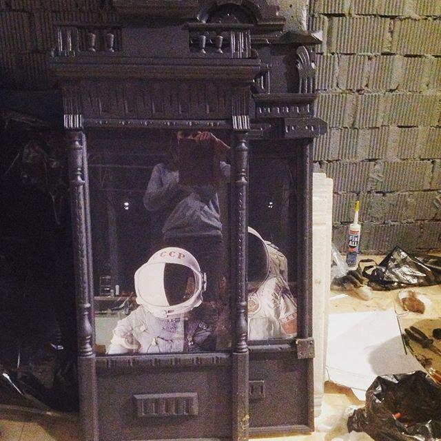 О, что я нашла) декор для стен кальянной The loft. И как нам такое могло в голову прийти?) #дизайн #дизайн_интерьера #дизайнпроект #декор #интерьер #интерьер_кальянной #интерьер_кафе #interior #design #designer #design_interior #theloft  #loft