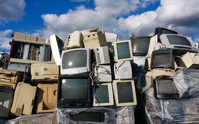 Κίνα: Σχέδιο καταπολέμησης της συσσώρευσης ηλεκτρονικών αποβλήτων | naftemporiki.gr