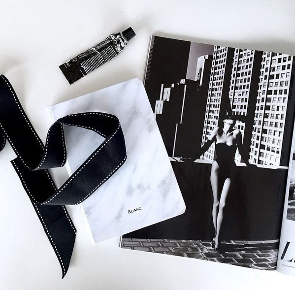 #flatlay #notebook #stationery #details #monochrome #blackandwhite #marble #luxe