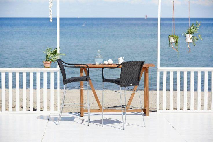 PLUTO stołki barowe i stolik LUKAS. AVANTGARGE Sika-Design 2016. Poleca Willow House.