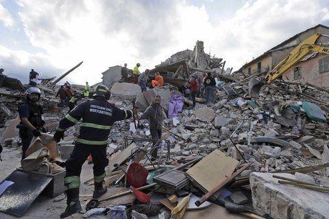 Terremoto di magnitudo 6 devasta il Centro Italia: 159 morti, 400 feriti, più di 100 dispersi