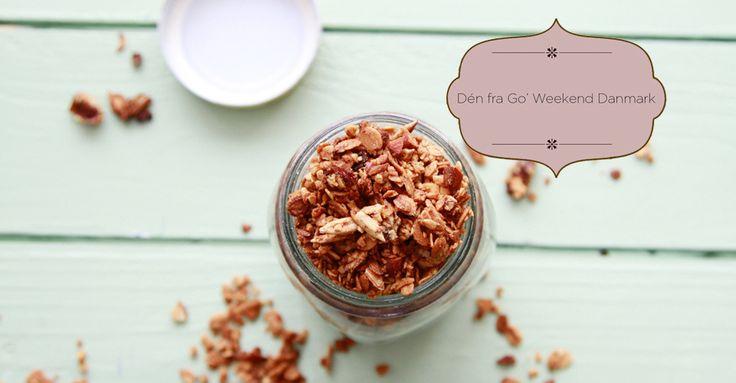 Denne lækre og nemme kokos müsli er et hit hos både børn og voksne. Den er fyldt med gode fibre, vitaminer, mineraler og sunde fedtsyrer. Få opskriften her.