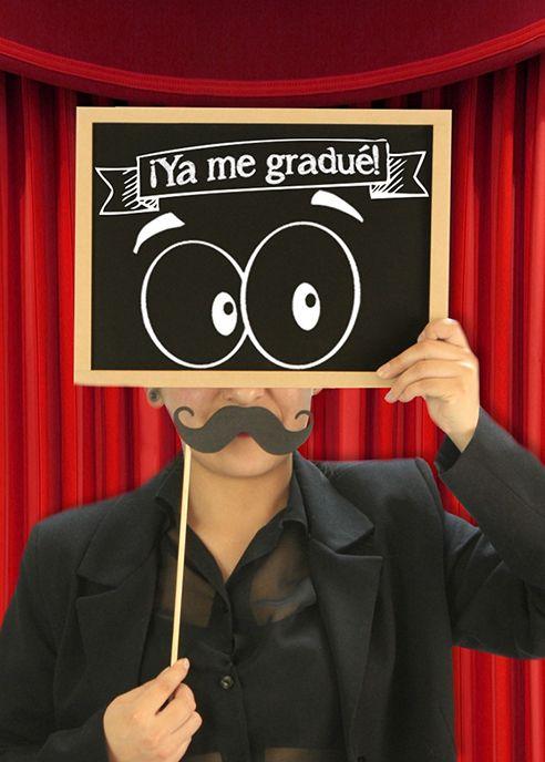 Accesorios para fiesta de graduación / Photobooth / Pick de Bigote / Ya me gradué / Pizarrón Negro