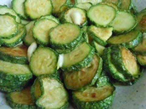 Parmigiana di zucchine cotta in padella. Ricetta facile e gustosa. - YouTube