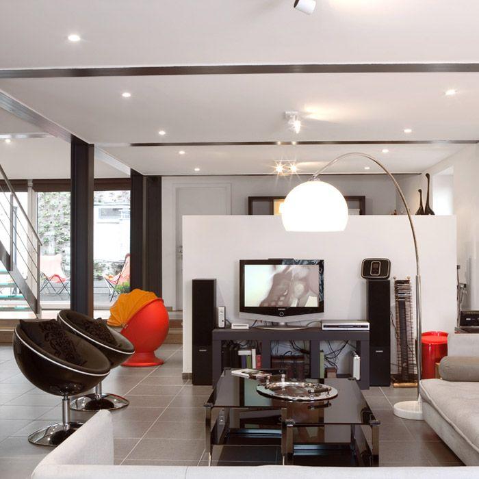 Décoration intérieure totalement moderne dans ce salon