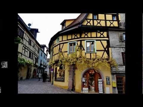 Alsace, France - Héraclite d'Éphèse : Un savoir multiple n'enseigne pas la sagesse. Sapere molte cose non insegna ad avere intelligenza.