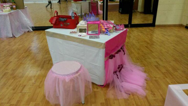 #tavolo #toeletta #tulle #rosa #principessa #eventipertre